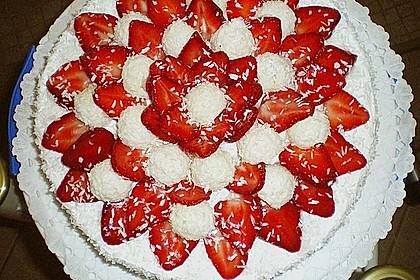 Erdbeer-Raffaello-Torte 41