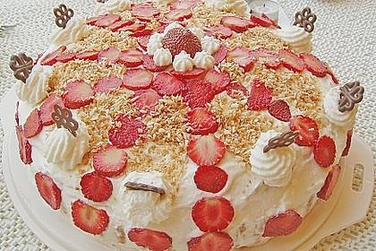 Erdbeer-Raffaello-Torte 69