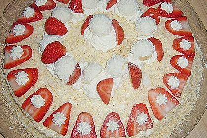 Erdbeer-Raffaello-Torte 173