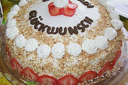 Erdbeer-Raffaello-Torte 48