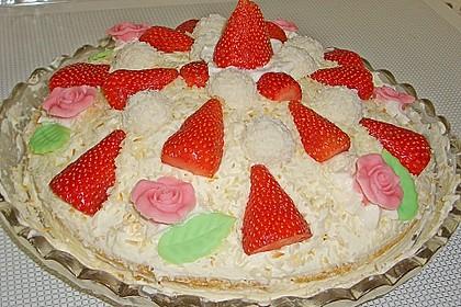 Erdbeer-Raffaello-Torte 201