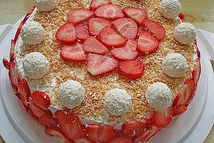 Erdbeer-Raffaello-Torte 60