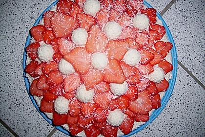 Erdbeer-Raffaello-Torte 142