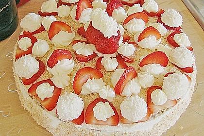 Erdbeer-Raffaello-Torte 177
