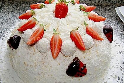 Erdbeer-Raffaello-Torte 37