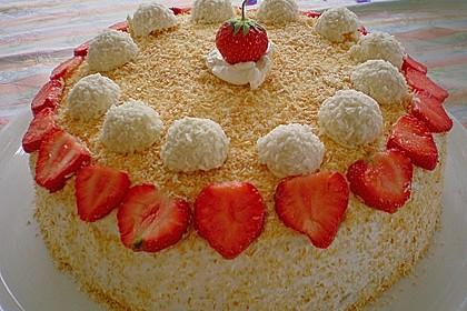 Erdbeer-Raffaello-Torte 33