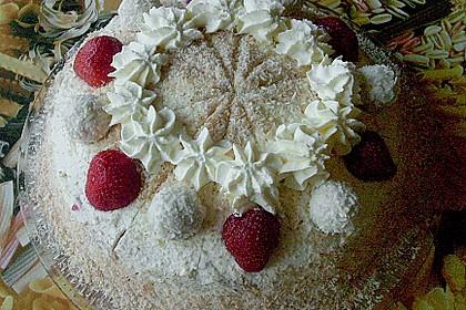 Erdbeer-Raffaello-Torte 175
