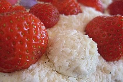 Erdbeer-Raffaello-Torte 192