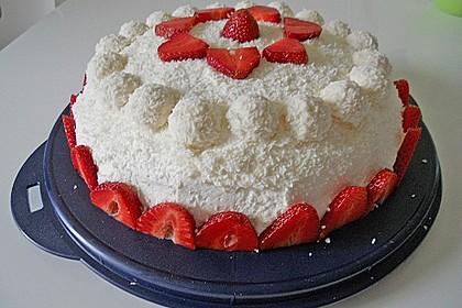 Erdbeer-Raffaello-Torte 67