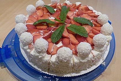 Erdbeer-Raffaello-Torte 113