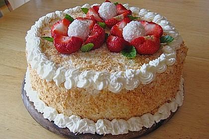 Erdbeer-Raffaello-Torte 19