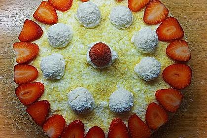 Erdbeer-Raffaello-Torte 160
