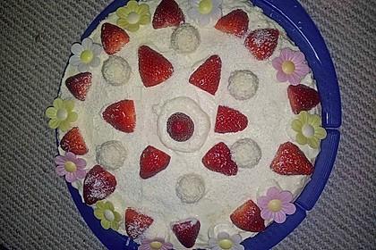 Erdbeer-Raffaello-Torte 188
