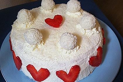 Erdbeer-Raffaello-Torte 179