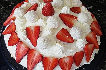Erdbeer-Raffaello-Torte 117