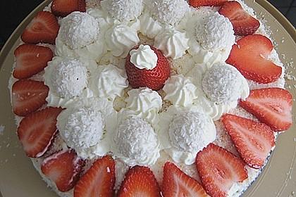Erdbeer-Raffaello-Torte 81