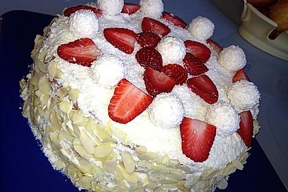 Erdbeer-Raffaello-Torte 112