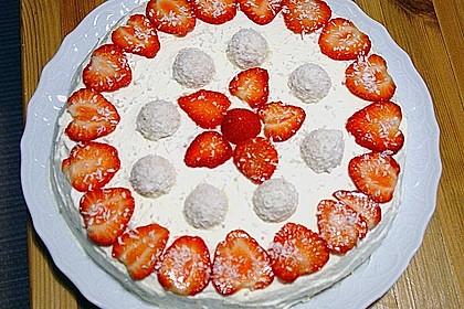 Erdbeer-Raffaello-Torte 218