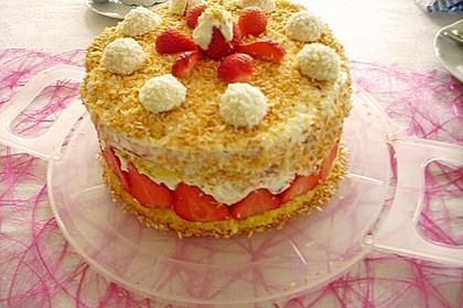 Erdbeer-Raffaello-Torte 195