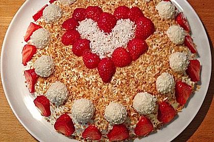 Erdbeer-Raffaello-Torte 96