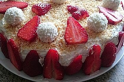 Erdbeer-Raffaello-Torte 59