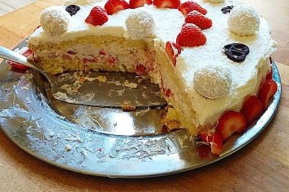Erdbeer-Raffaello-Torte 66