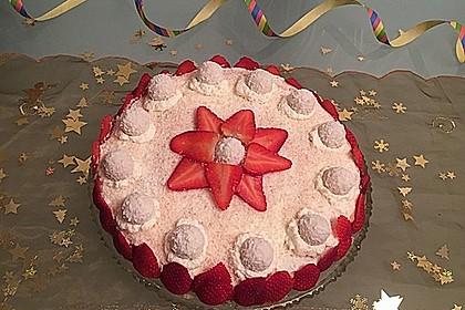 Erdbeer-Raffaello-Torte 72
