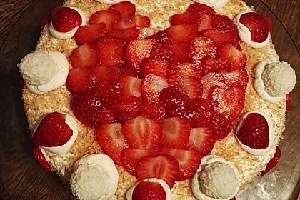 Erdbeer-Raffaello-Torte 58
