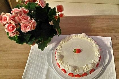 Erdbeer-Raffaello-Torte 42