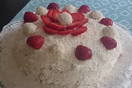 Erdbeer-Raffaello-Torte 86