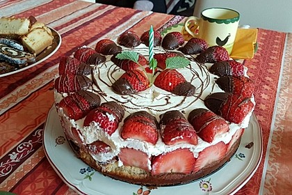 Erdbeer-Mascarpone-Torte 75