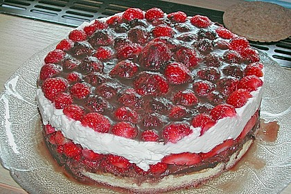 Erdbeer-Mascarpone-Torte 138