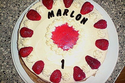 Erdbeer-Mascarpone-Torte 87