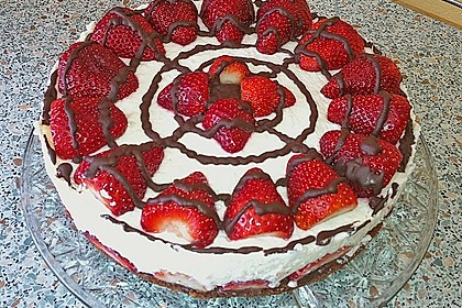 Erdbeer-Mascarpone-Torte 16