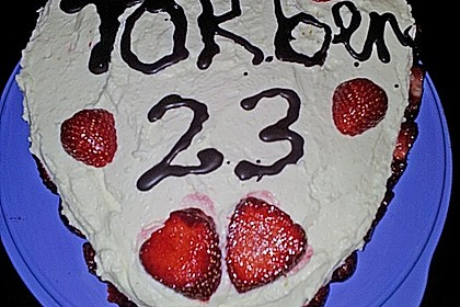 Erdbeer-Mascarpone-Torte 128