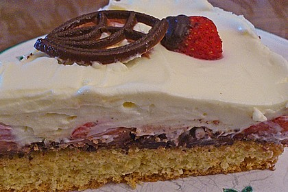 Erdbeer-Mascarpone-Torte 124