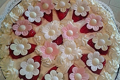 Erdbeer-Mascarpone-Torte 26