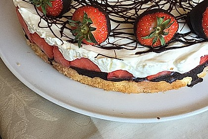 Erdbeer-Mascarpone-Torte 22