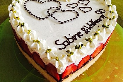 Erdbeer-Mascarpone-Torte 11