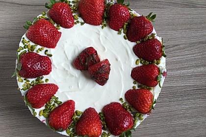 Erdbeer-Mascarpone-Torte 82