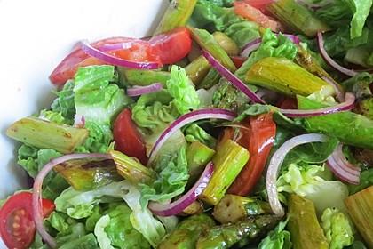 Salatvariation mit gebratenem Spargel 1
