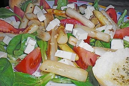 Salatvariation mit gebratenem Spargel 4