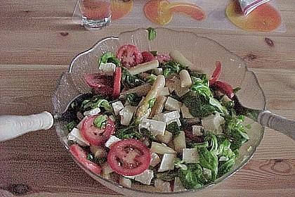 Salatvariation mit gebratenem Spargel 8