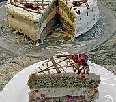 Steirische Preiselbeer - Kürbiskernöltorte (Bild)