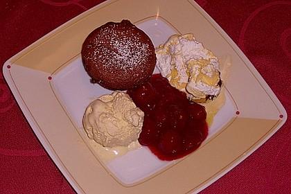 Schokoladenkuchen mit flüssigem Kern à la Italia 99