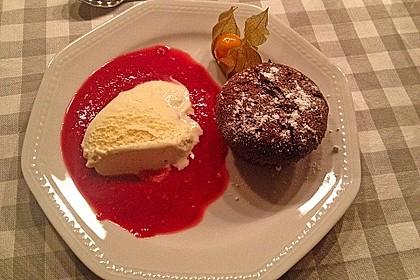 Schokoladenkuchen mit flüssigem Kern à la Italia 90