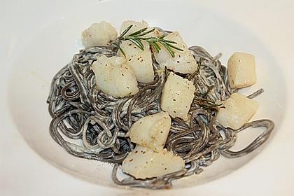 Jakobsmuscheln auf Pasta an Rieslingsauce 2