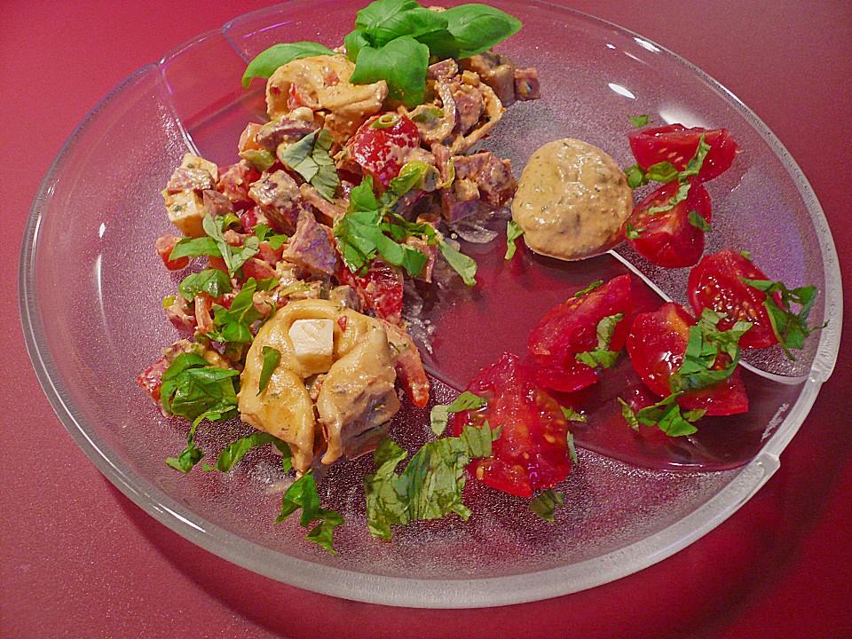 tortellini salat mit cabanossi rezept mit bild. Black Bedroom Furniture Sets. Home Design Ideas