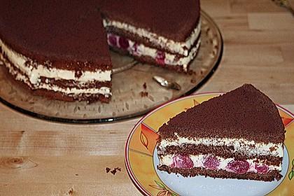 Schnelle Tiramisu - Torte mit Kirschen 5