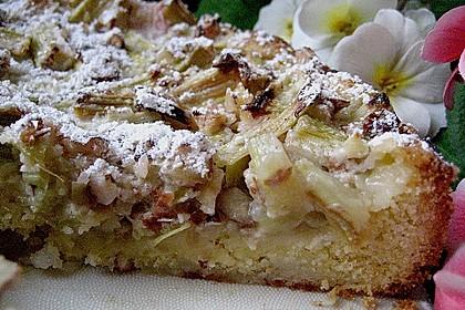 Rhabarberkuchen mit Nussbaiser 6